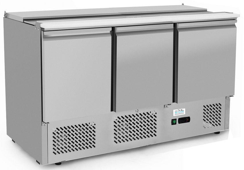 Three door counter prep fridge saladette